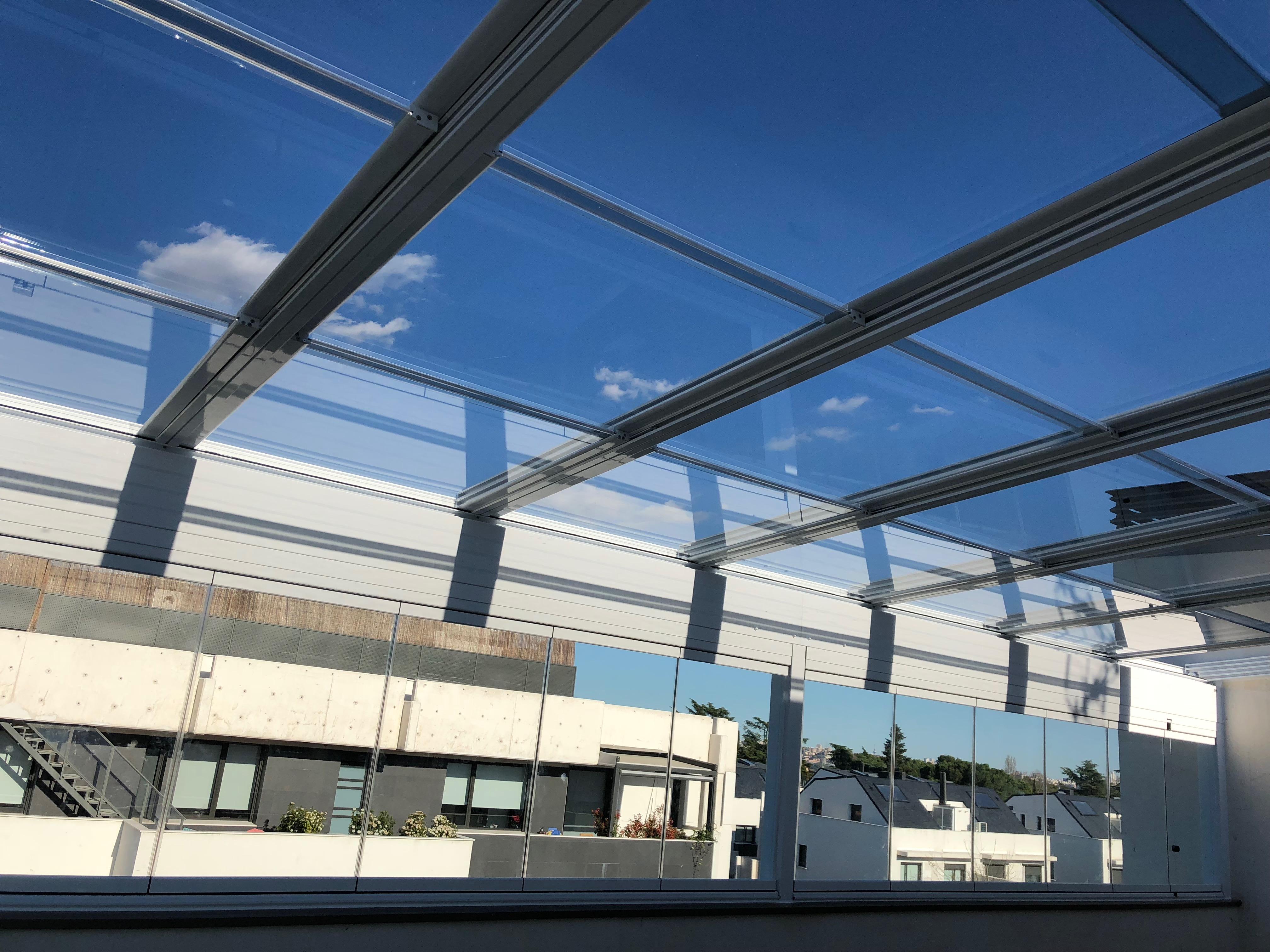 IMG 0465 - Acristalamiento techo móvil motorizado